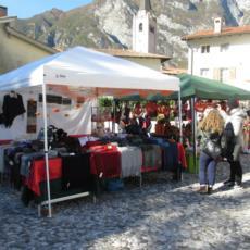 Il nostro stand nella magnifica cornice di Venzone - Festa della Zucca 2015
